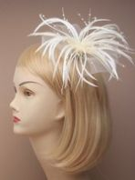 Ivory Fascinator with Feathers and Beads